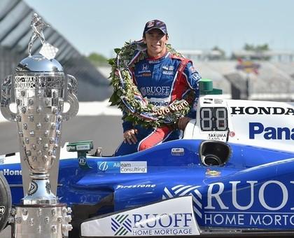 Bijušais F1 pilots par uzvaru 'Indy 500' tiek pie iespaidīgas naudas balvas