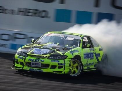 Klāt trešais 'Formula Drift' posms, Blušam izdodas novērst tehniskas problēmas (FOTO)