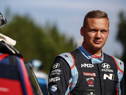 Somu rallija braucējs: Pēc Zviedrijas WRC telefons atkal sācis zvanīt
