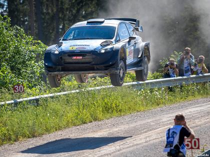 Latviešu sportistiem lielisks sniegums Lietuvas un Igaunijas rallijos